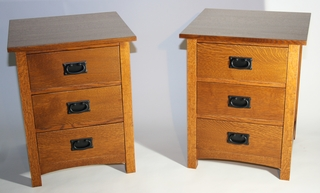 Solid quartersawn red oak nightstands